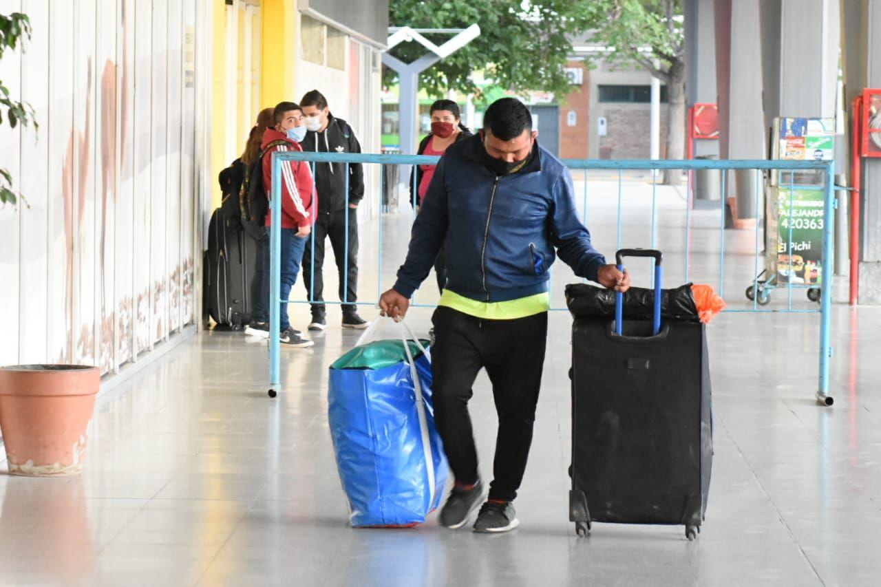 Terminal de Ómnibus/Primer viaje de San Juan-Mendoza