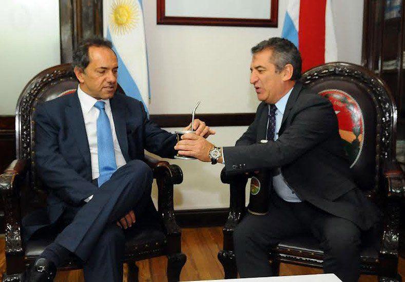 Scioli y Uribarri firmaron el Compromiso por Entre Ríos