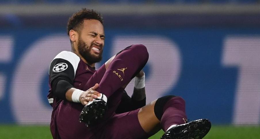 Neymar sufrió una lesión y no llegará para jugar en las Eliminatorias