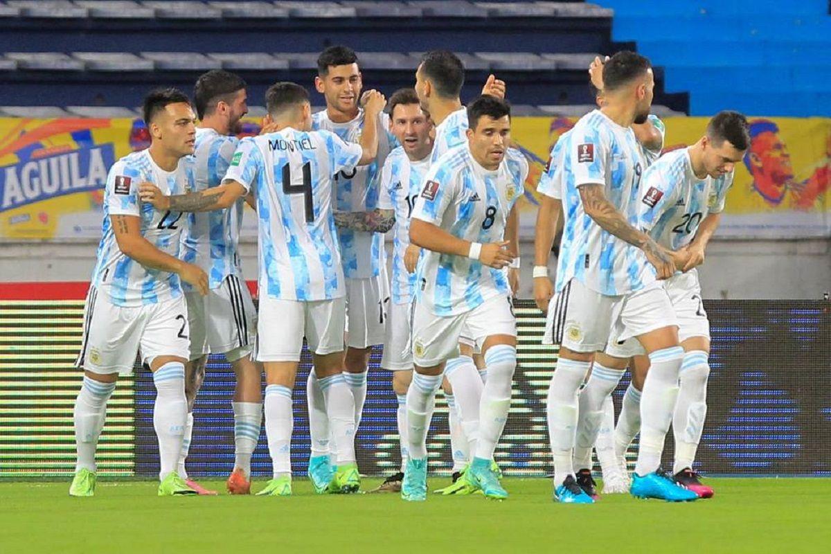 Argentina tuvo una dura prueba frente a Colombia.