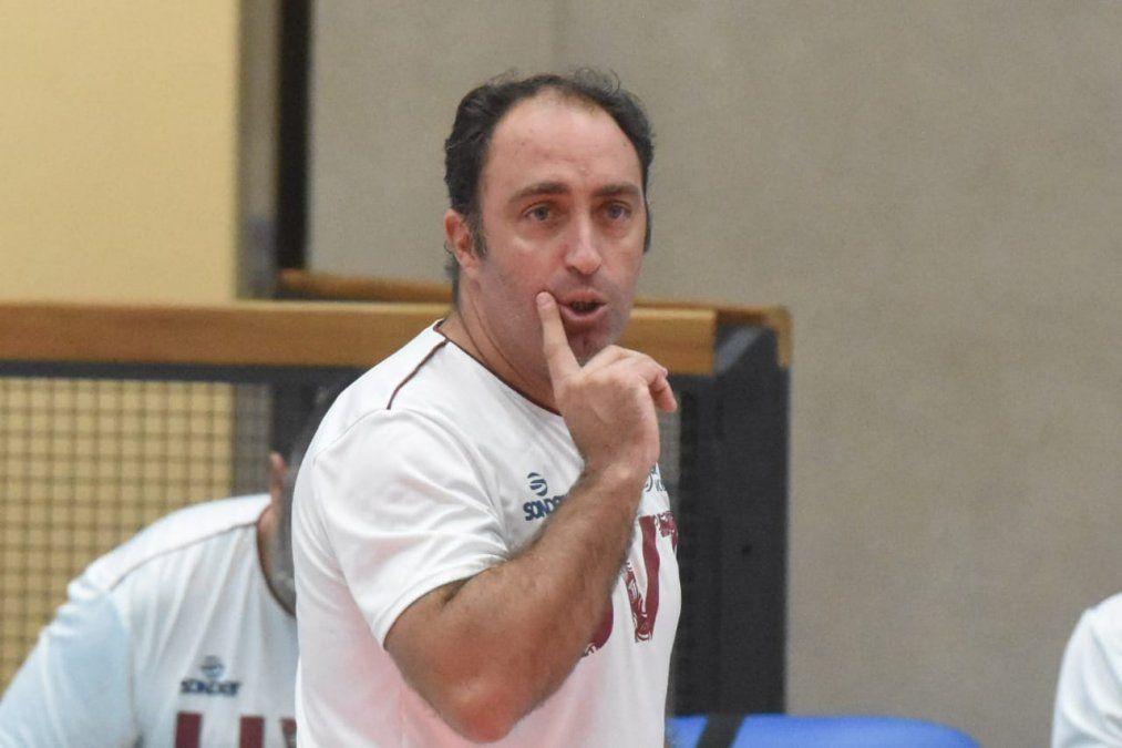 UVT se lo dio vuelta a Paracao y ganó el primer duelo de cuartos de final. Foto: Adrián Carrizo.