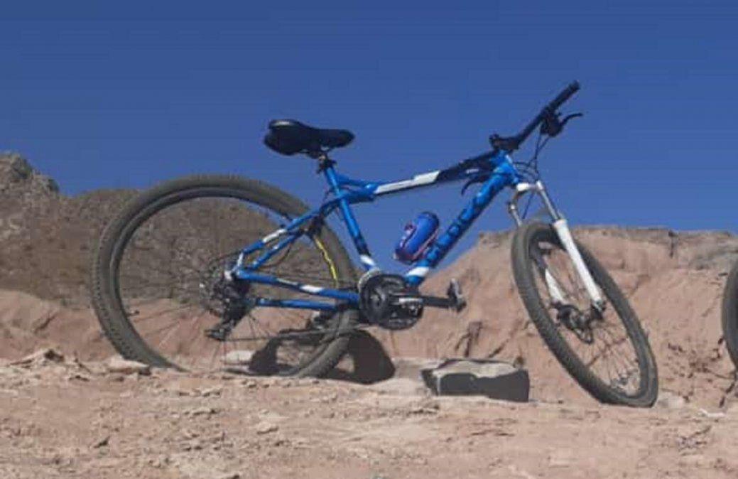 Le robaron la bici y pide ayuda para encontrarla
