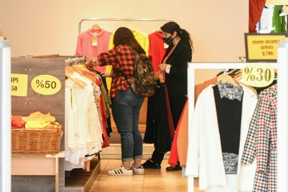 El Comercio no repunta y las ventas cayeron un 32% en septiembre