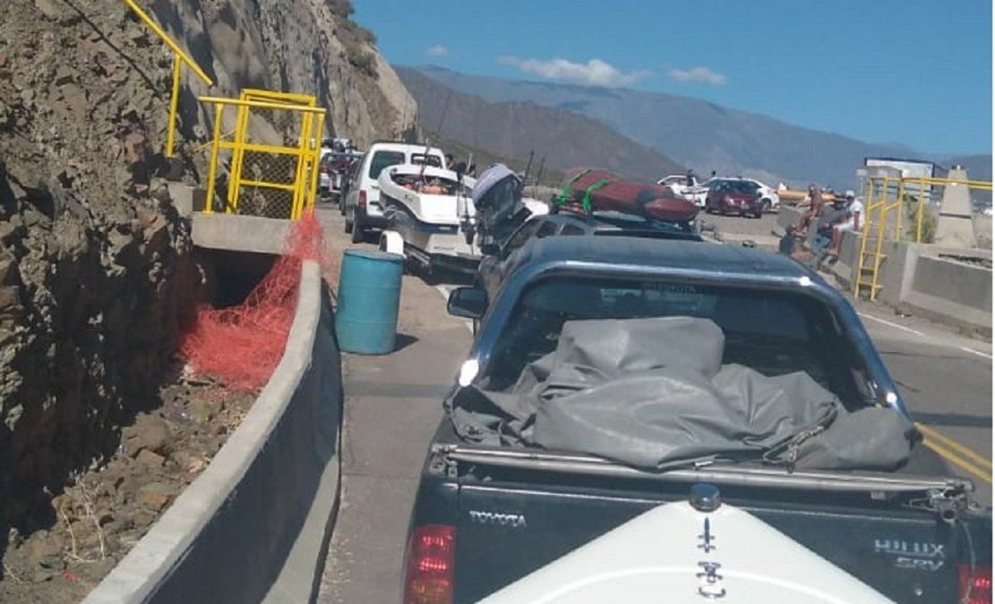 Pescadores llegaron hasta Punta Negra, pero no los dejaron ingresar
