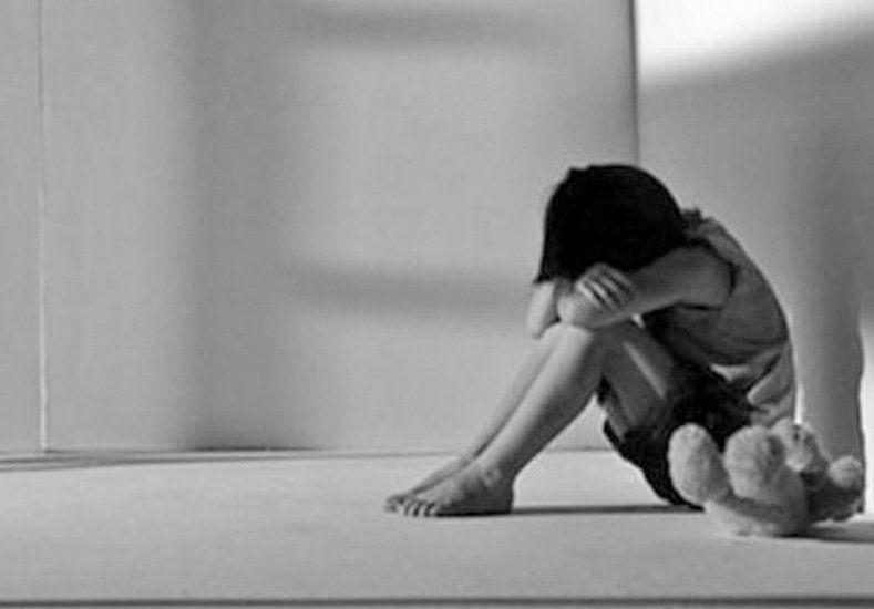 Rescatan una nena que era abusada por su madre, el padrastro, el abuelo y el tío
