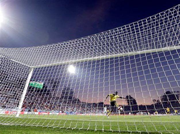 Escándalo en la Copa: argentino detenido en Chile por robo
