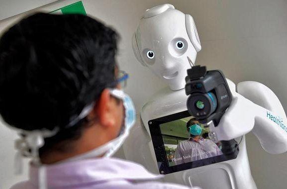 Laboratorio público sumó robot automatizado que agiliza diagnóstico por coronavirus