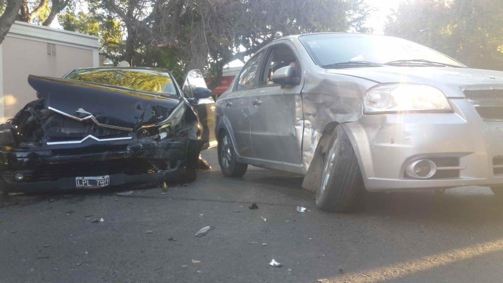 Tarde accidentada en San Juan: el centro fue escenario de dos accidentes automovilísticos