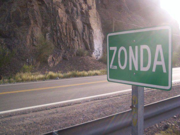 Rescataron a un hombre que se había perdido en los cerros de Zonda