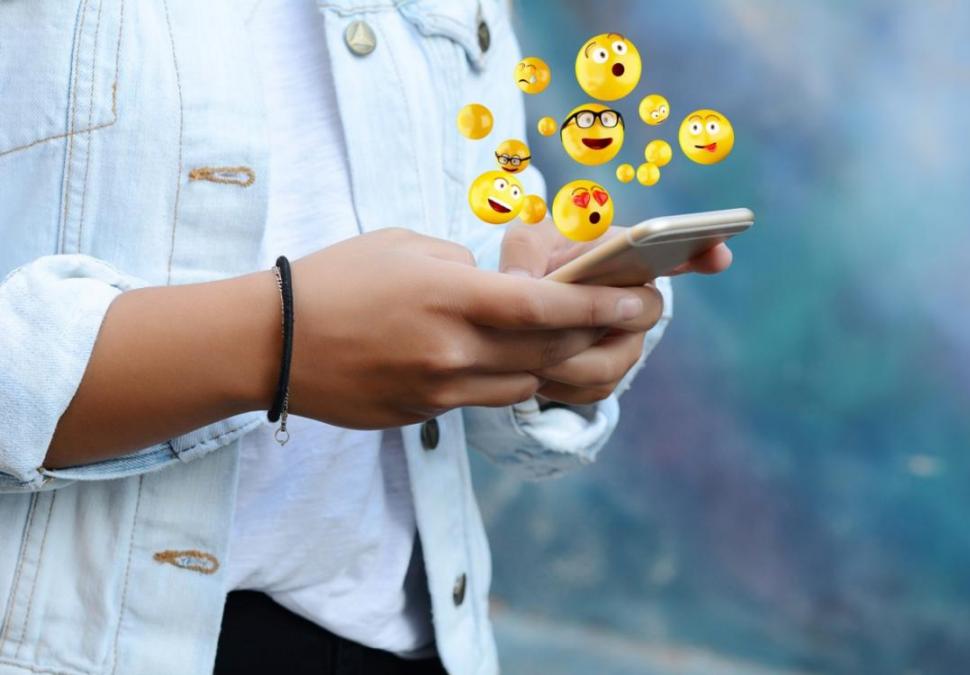 Conocé la historia de los emojis que nacieron en 1999