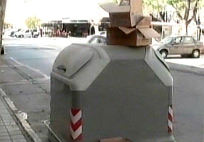 Capital: Por problemas en los camiones recolectores se desbordaron los contenedores de basura