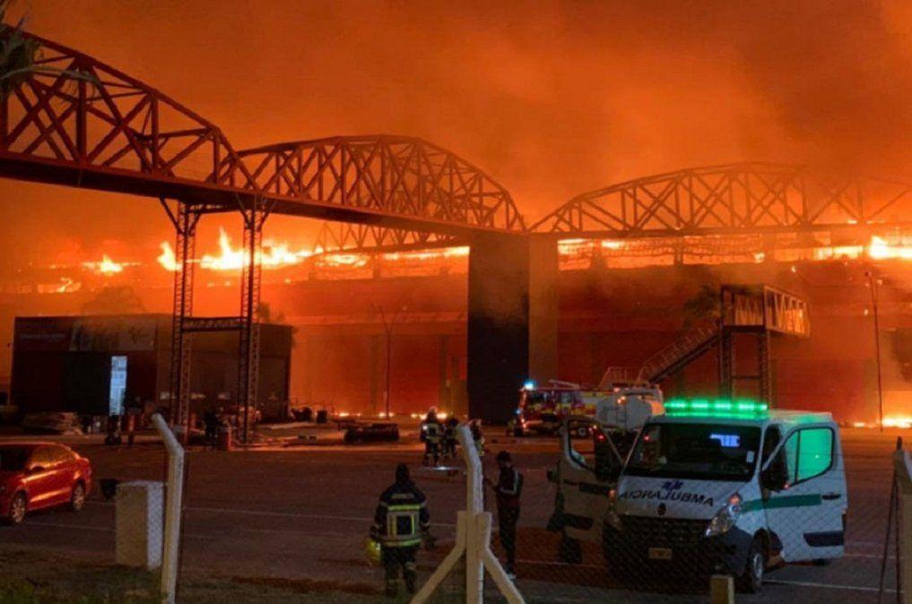 Un feroz incendio destruyó el autódromo de Las Termas de Río Hondo