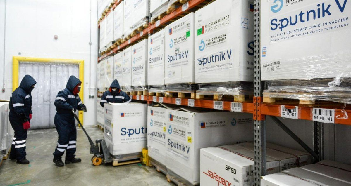 Este viernes llegan más dosis de Sputnik V desde Rusia