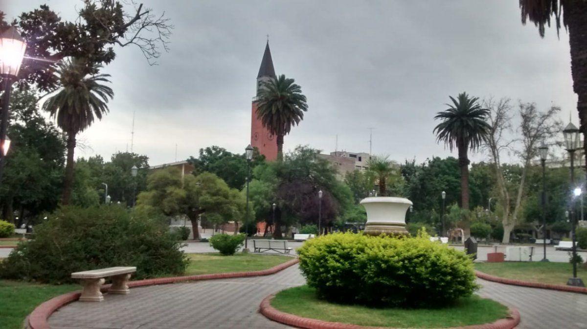 La semana arranca con el cielo cubierto y amenazas de lluvias
