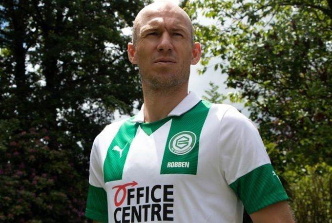 Robben regresa al fútbol y lo hará en el club en el que debutó