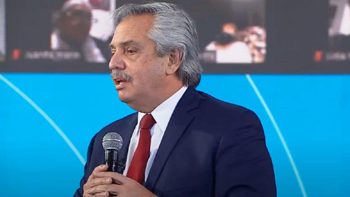 El presidente Alberto Fernández anunció un bono para jubilados.