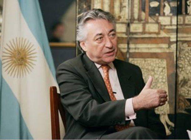Echaron al embajador argentino en China en busca de relanzar el negocio del aceite de soja