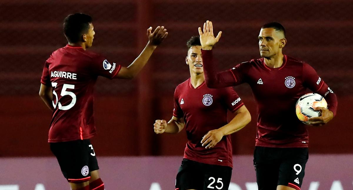 Lanús, Vélez y Defensa se juegan el pase a octavos de final de la Copa