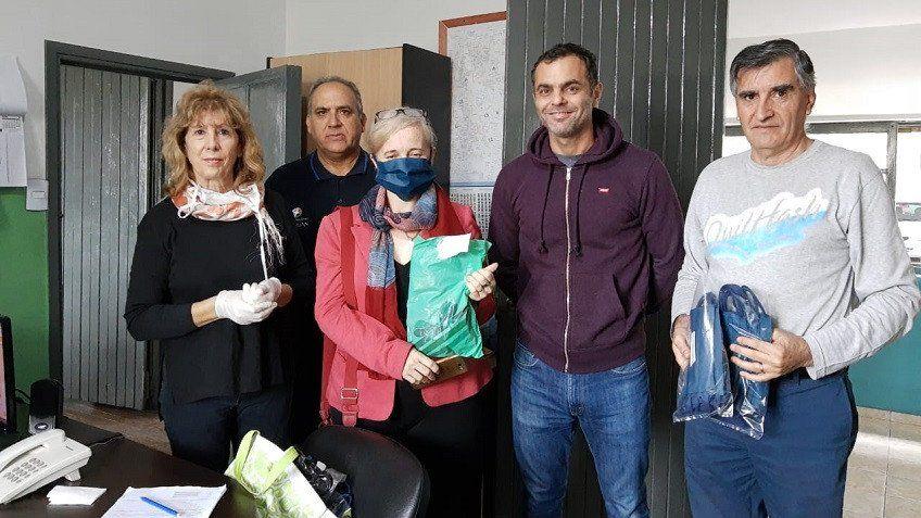 Solidaridad: vecinos de Capital donaron barbijos a la Policía Comunal de Capital