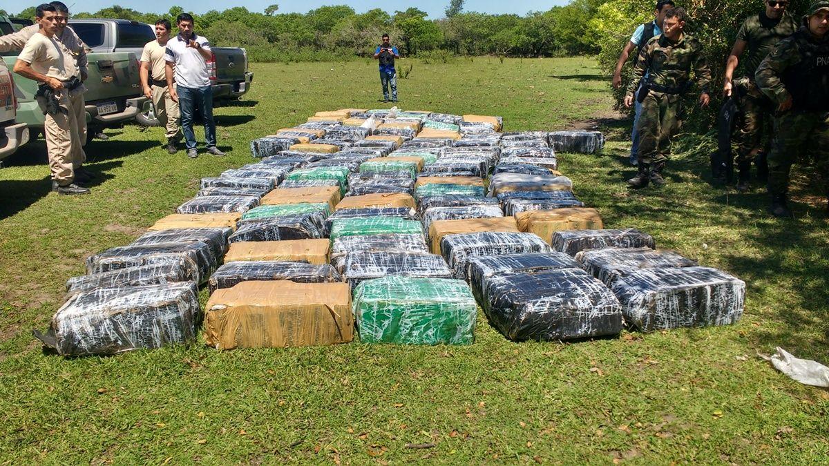 Secuestran 407 kilos de marihuana escondidos en una camioneta en Misiones