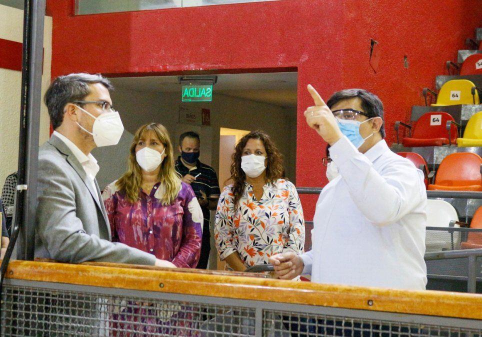 Comienzan a aplicar la vacuna contra el COVID-19 en San Juan