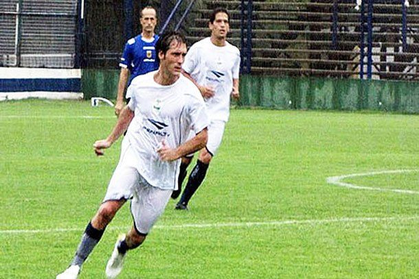 Gimnasia ganó en el debut de Guillermo