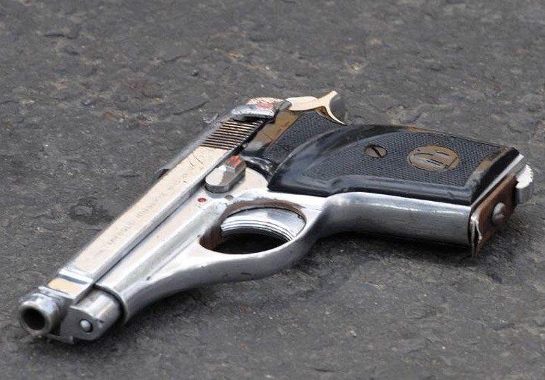 Mataron de un disparo a un niño tras quedar en medio de una pelea