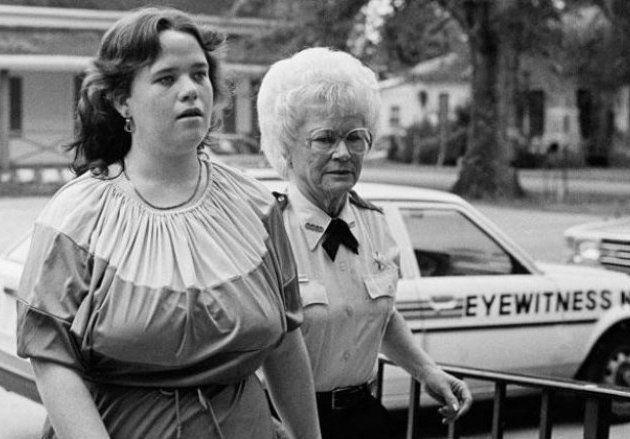 Conocé la historia de la niñera que mató a cinco bebés que tenía a su cuidado