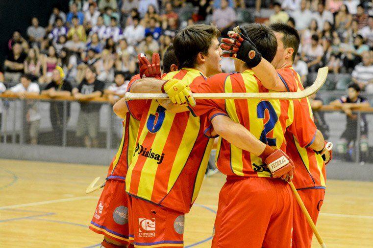 Hockey: Valenciano ganó en el adelanto y es el único escolta de Hispano