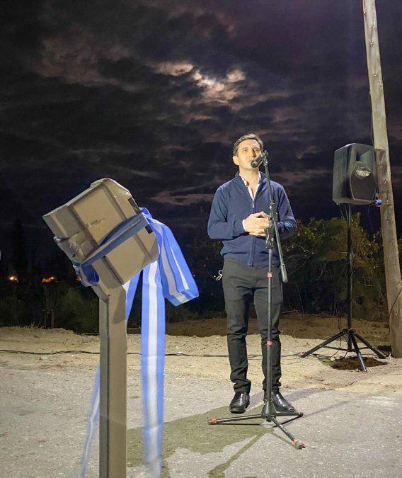 Obras: iluminan una calle clave en San Martín
