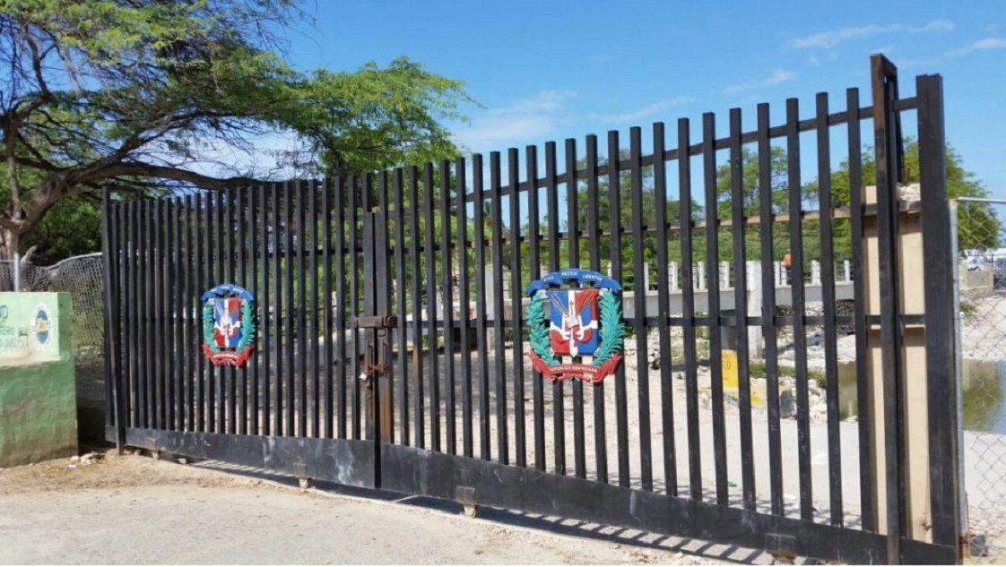 Dominicana construirá una verja en su frontera con Haití