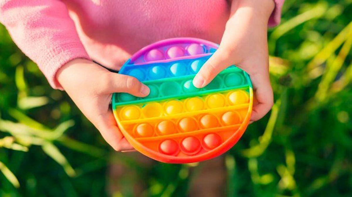 Qué es el Pop It, el juguete antiestrés furor