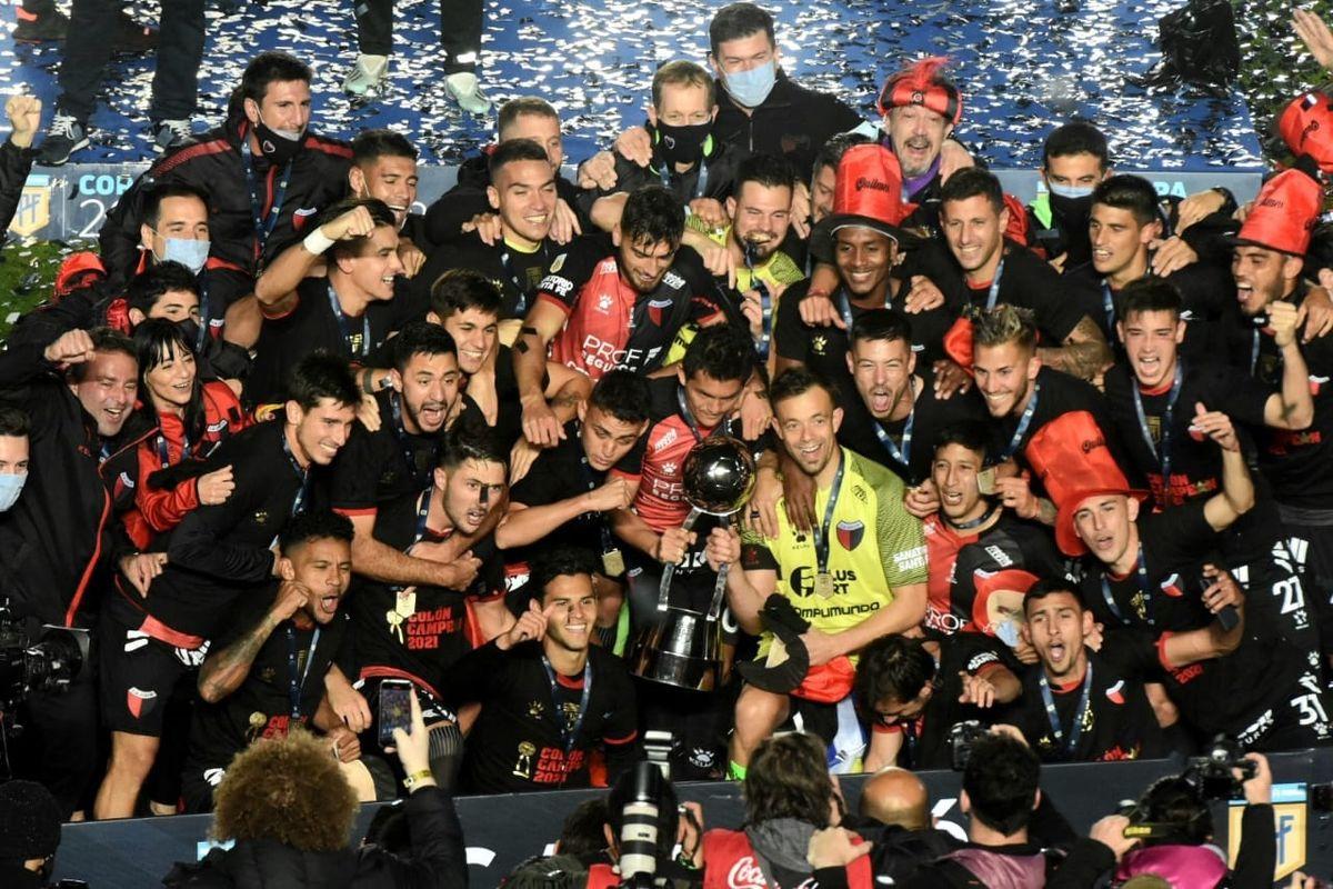 Colón es el nuevo campeón del fútbol argentino. Foto: Adrián Carrizo.