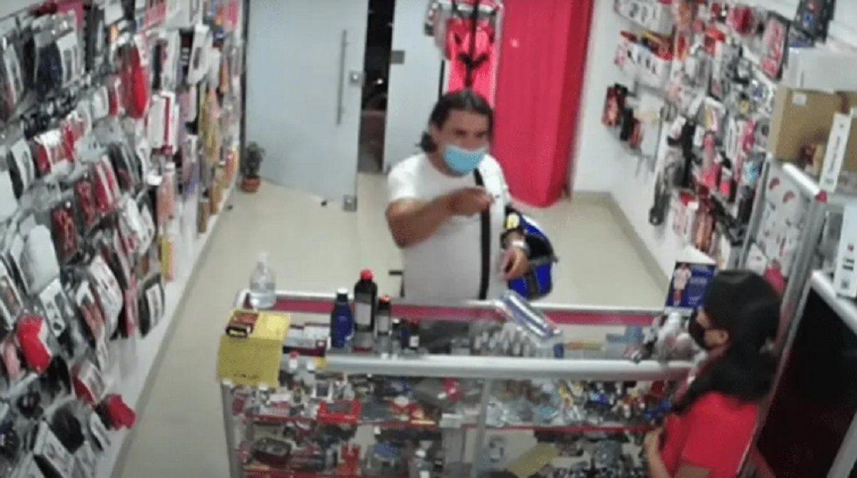 Insólito robo en un sex shop.