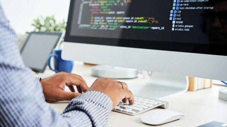 Un multimillonario idea un plan para convertir a trabajadores en ordenadores humanos