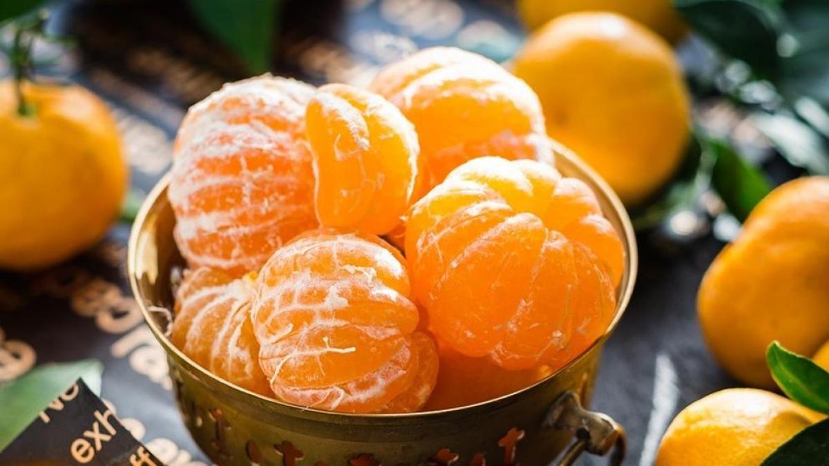 Lo bueno de comer mandarinas.