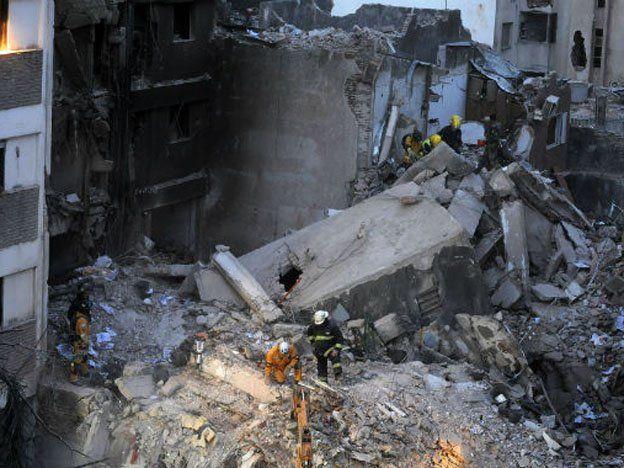 Tras el hallazgo de otro cuerpo en Rosario los fallecidos ascienden a 15