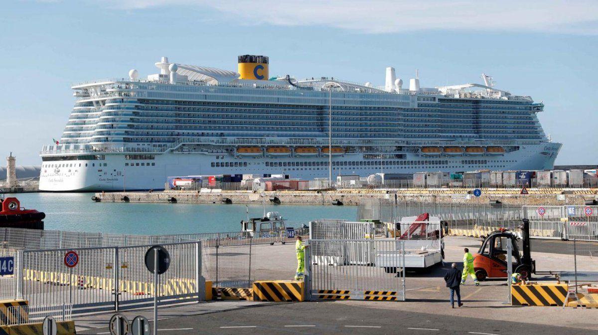 Coronavirus: prohíben el desembarco de un crucero con 6.000 pasajeros a bordo por un caso sospechoso