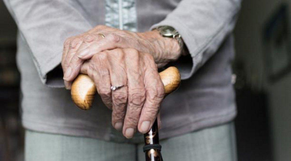 Asaltaron a una pareja de abuelos y les llevaron $700.000