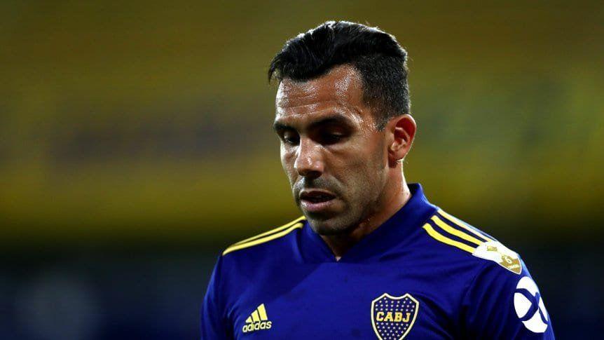 Tevez se retiró de la práctica por una molestia
