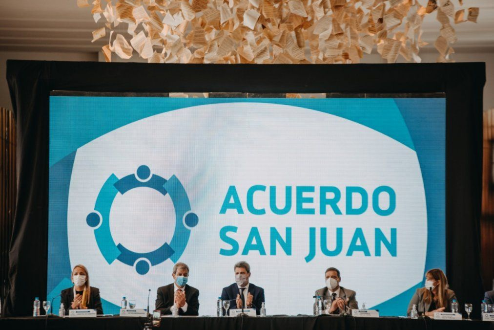 Uñac encabeza la reunión del Acuerdo San Juan