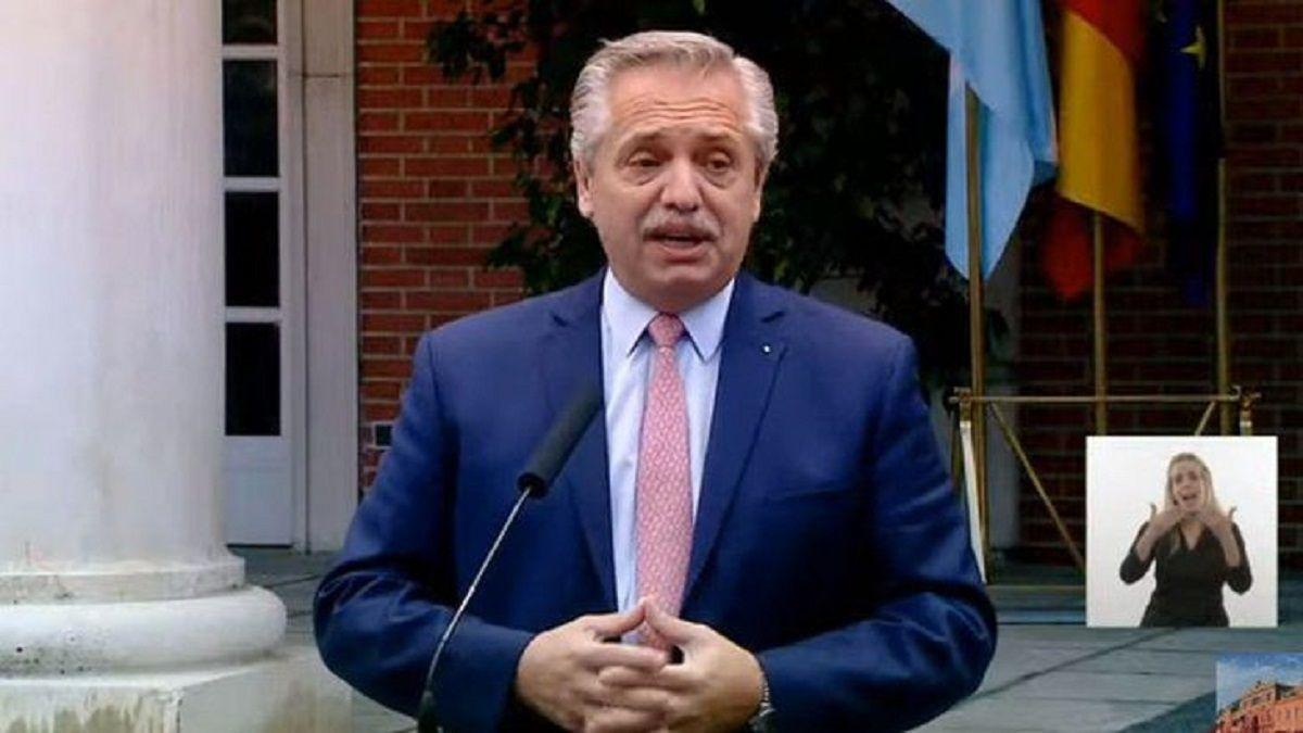 El presidente Alberto Fernández encabeza el acto por el Día de la Independencia
