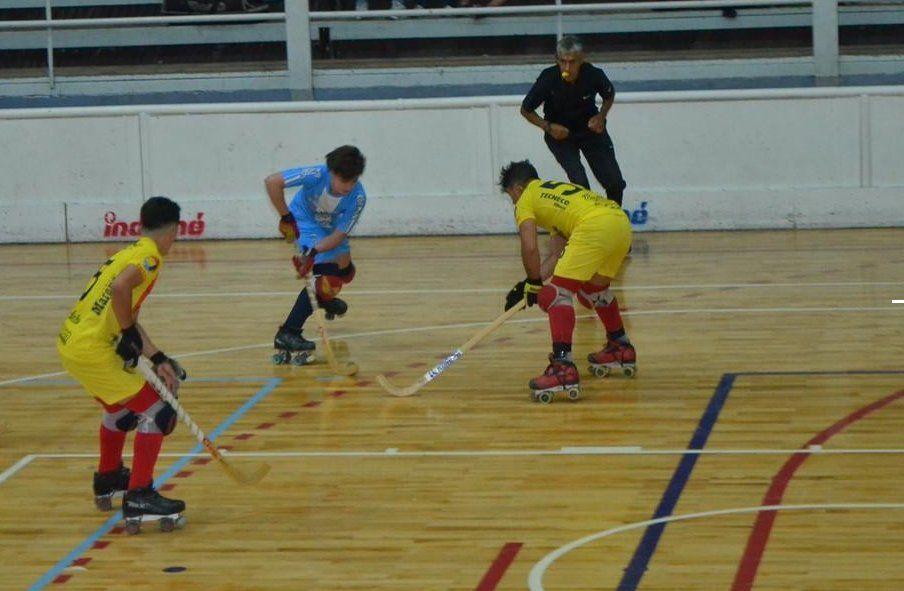 La Selección Sub19 perdió ante Murialdo en su estreno en el Vendimia de hockey. Foto: Prensa Comité Nacional Hockey CAP.