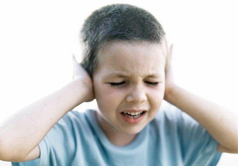 Cuidado: 8 frases que pueden acomplejar y dañar a tus hijos