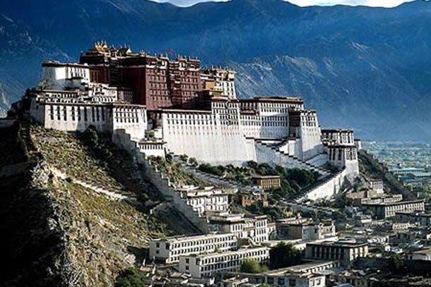Te mostramos los 10 castillos mas impactantes del mundo