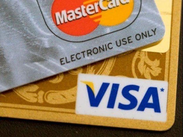 El dólar ahorro se puede comprar con tarjeta de débito