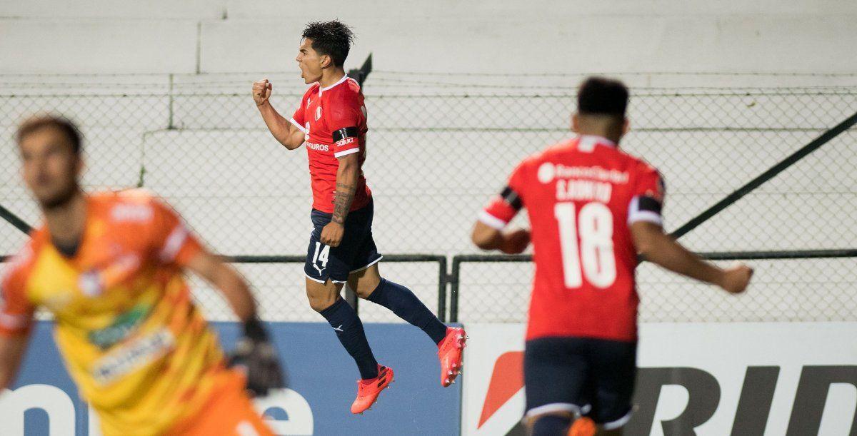 Independiente y Lanús buscan seguir en la Sudamericana.