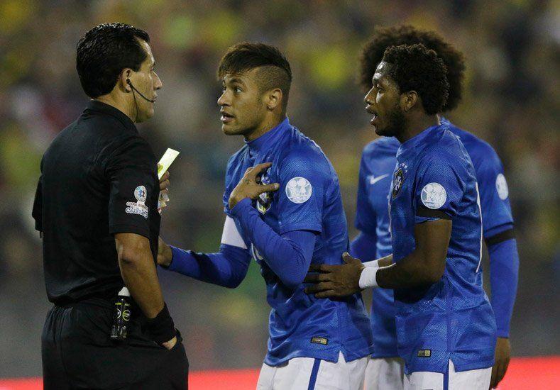 En problemas: Neymar fue suspendido y se perderá los cuartos de final