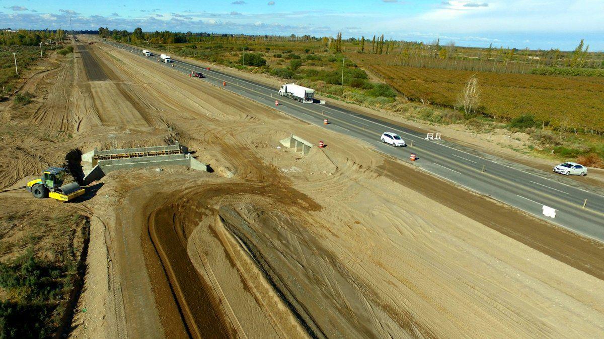 La Autopista San Juan - Mendoza