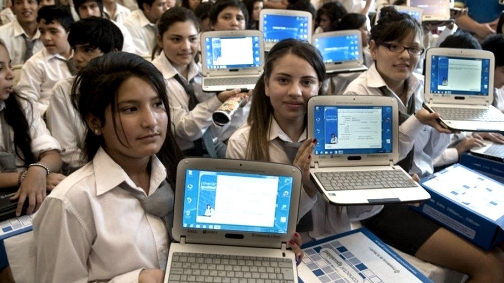 Nación invertirá $20.000 millones en las netbooks que repartirá a alumnos y docentes